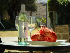 Lazy Lobster Holiday Units  Chalets - Wagga Wagga Accommodation