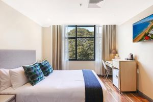 Ryals Hotel - Broadway - Wagga Wagga Accommodation