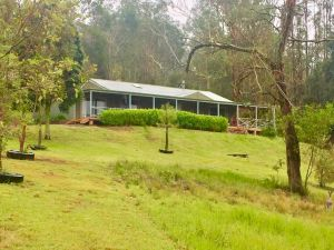 Grand View Holiday Home - Wagga Wagga Accommodation