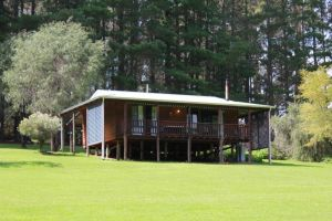 Hawke Brook Chalets - Wagga Wagga Accommodation