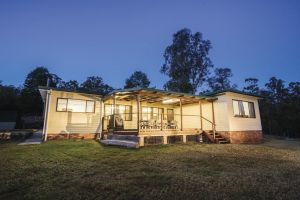 Big Yango House - Wagga Wagga Accommodation